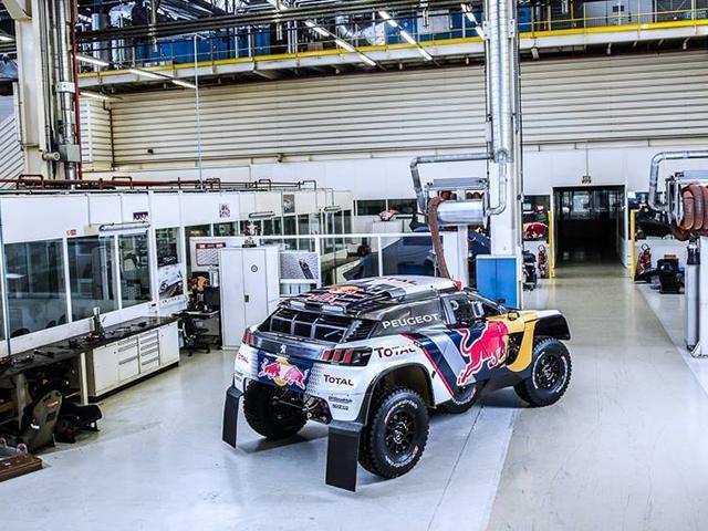El Peugeot 3008 DKR en el Dakar 2017 – Vista posterior del modelo