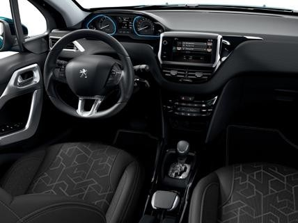 Peugeot_2008_interior