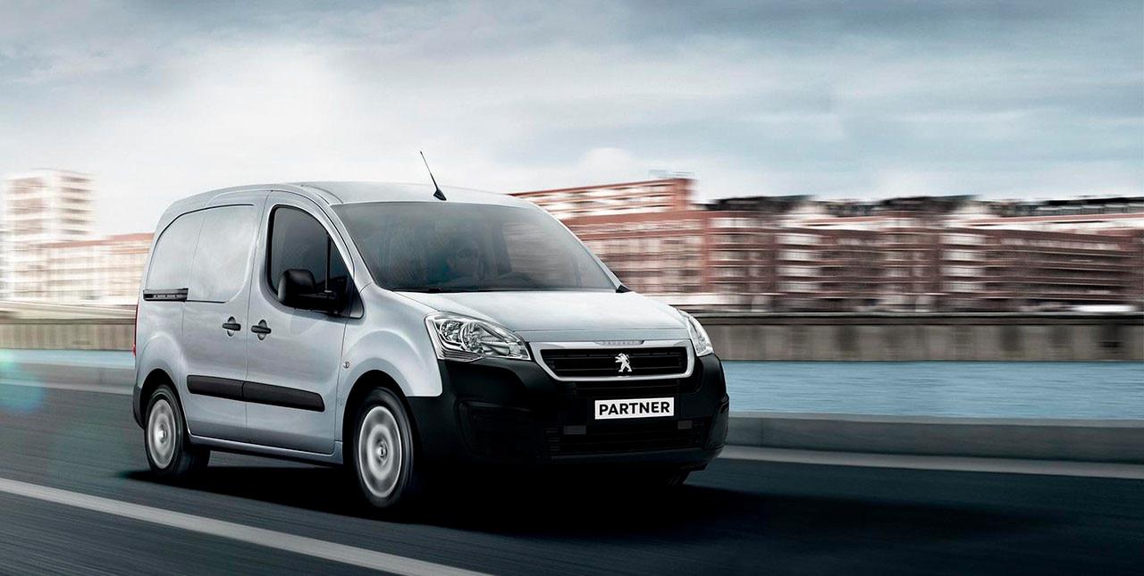 Peugeot_Furgon_retocada