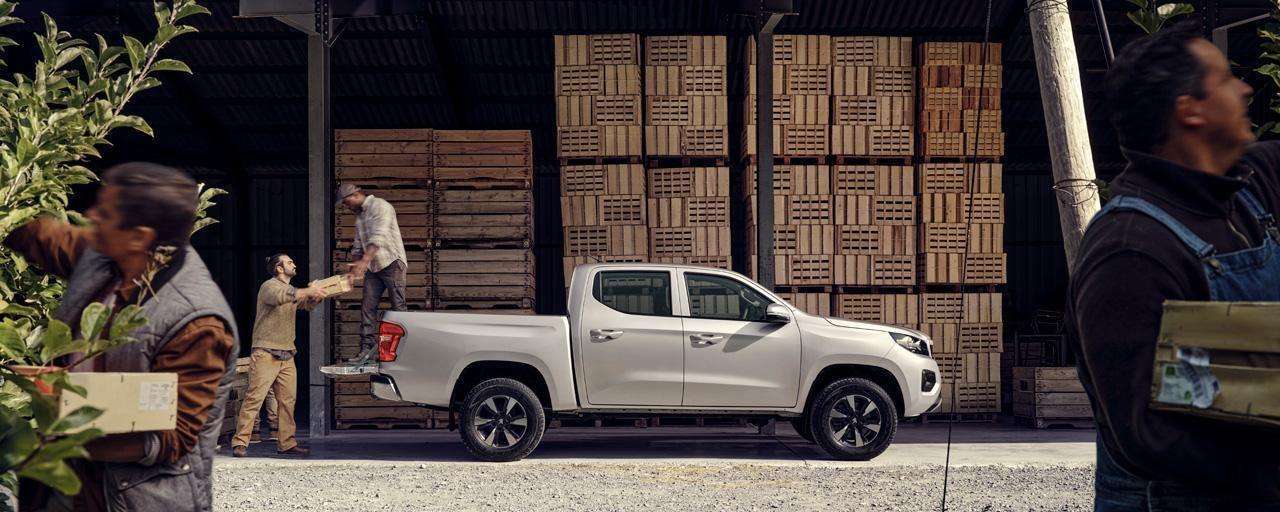 Nueva pick-up PEUGEOT LANDTREK cabina doble La zona de carga más espaciosa del mercado