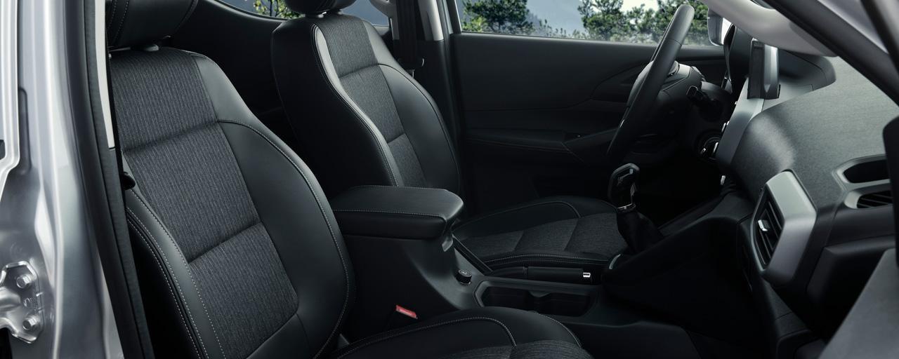 Nueva pick-up PEUGEOT LANDTREK asientos delanteros