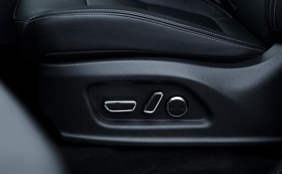 Nueva pick-up PEUGEOT LANDTREK cabina doble asiento del conductor puede ajustarse en altura